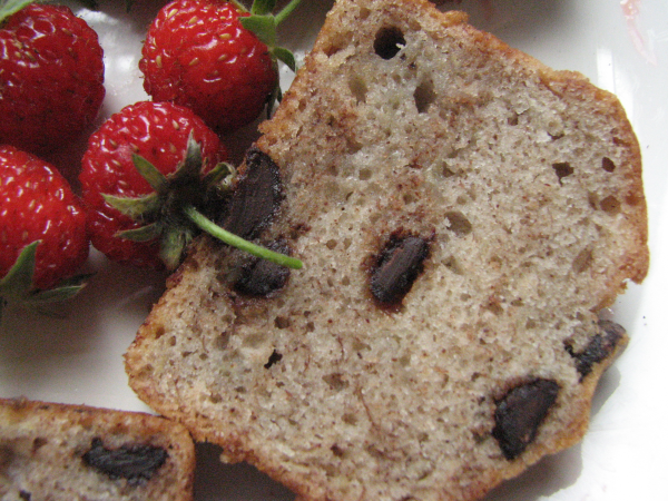 Chocolate Chip Banana Bread Strawberries