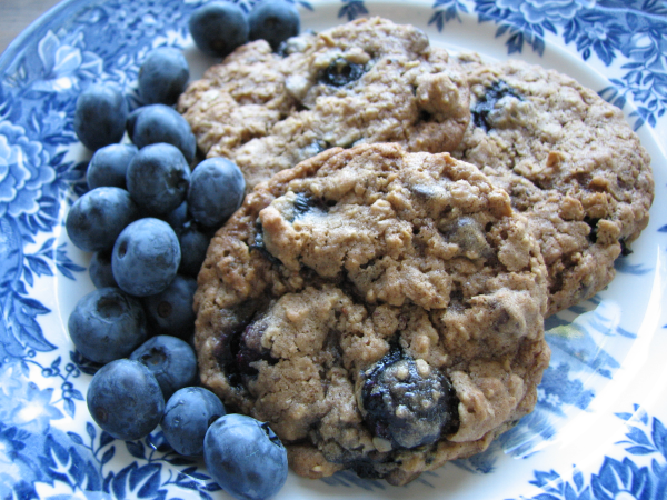 Blueberry Cobbler Cookies