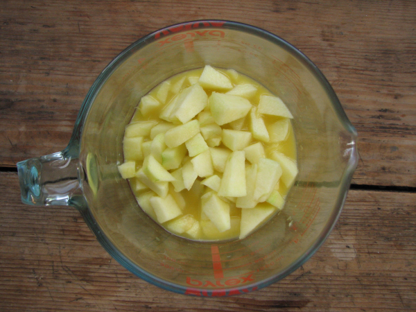Apple Chunks in OJ